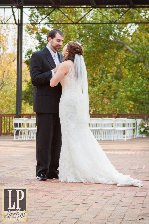 Ivey Hall Roswell  Wedding venue Ga Wedding photography www.lindleysphotography.com